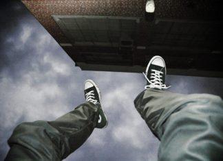 suicide_macron