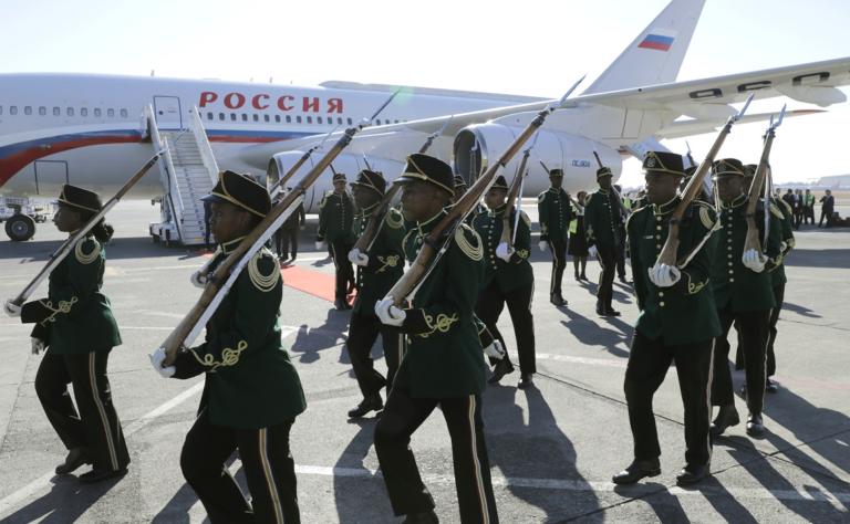 Fermiers blancs d'Afrique du Sud : émigrer en Russie plutôt qu'en Allemagne ?