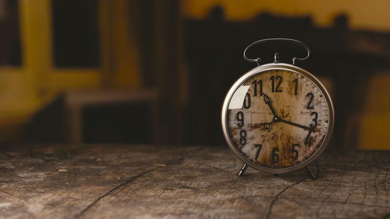 Quels sont les impacts du dépassement du temps de travail contractuel d'un salarié à temps partiel ?