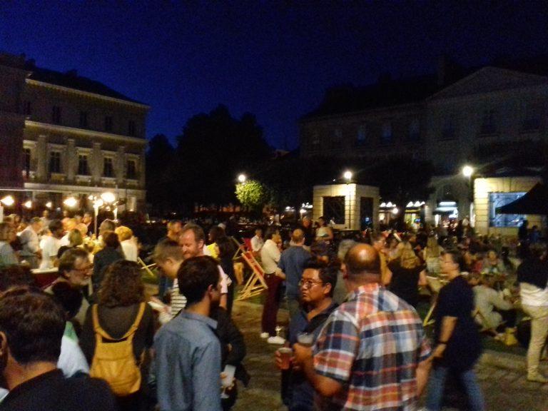 Nantes: plus de 2000 personnes au concert jazz de Carrément Briand
