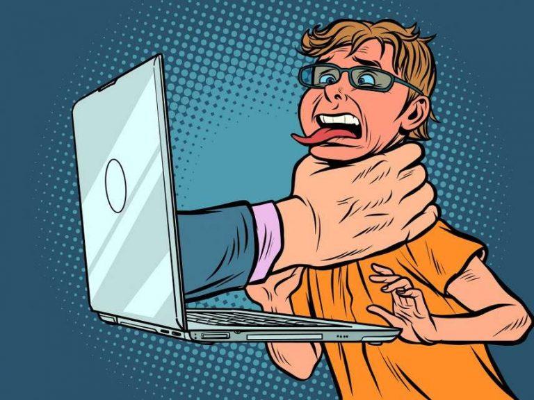 Censures en série sur les réseaux sociaux