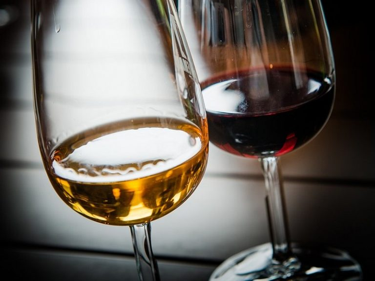 Foires aux vins. Le Leclerc de Saint-Brevin dévoile sa grande sélection de vins étrangers
