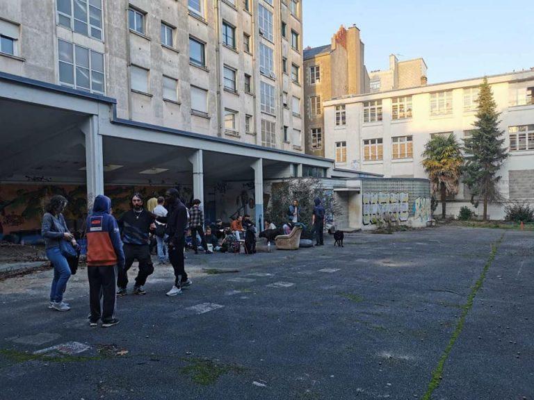 Migrants à Nantes: la maison du peuple de Doulon remplacée par un autre squat en centre-ville