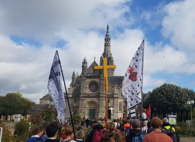 Sainte-Anne d'Auray. Une excellente 2e édition pour le pèlerinage «Feiz e Breizh» [Vidéos]