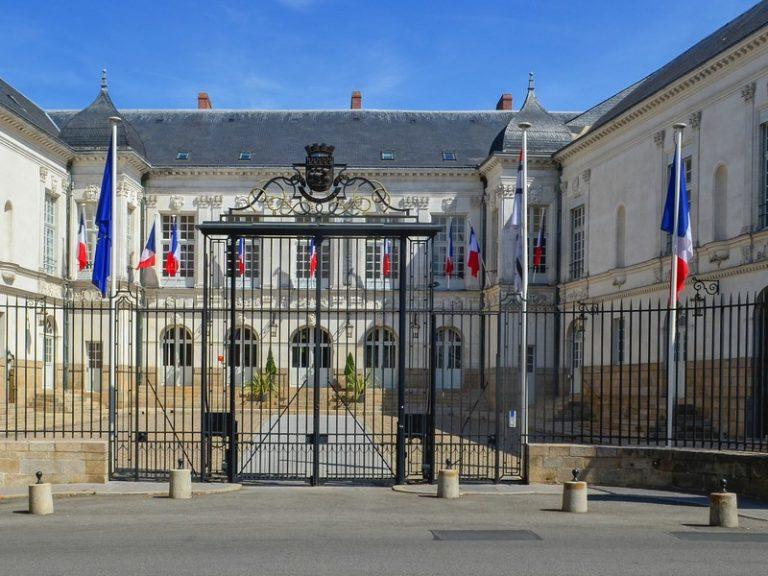 Son ex-conjoint accusé de pédophilie et pédopornographie: l'adjointe au maire de Nantes démissionne
