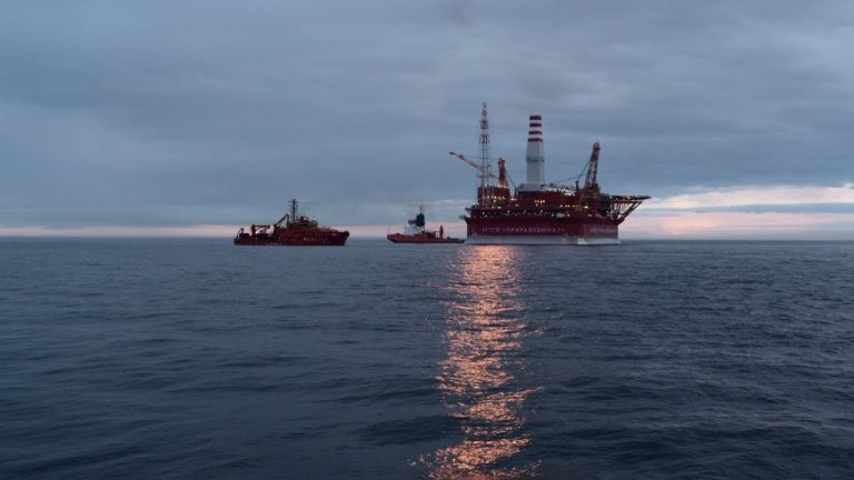 Reportage exclusif sur l'unique site pétrolier de l'Arctique [Vidéo]