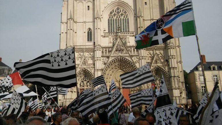 Émoji drapeau breton : le Gwenn ha Du disponible (temporairement ?) sur Twitter !