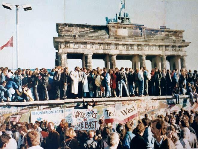 Mur de Berlin, 1989, Porte de Brandebourg