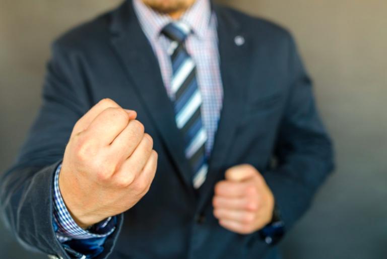 Défense personnelle. Est il possible d'apprendre à éviter de se battre ?