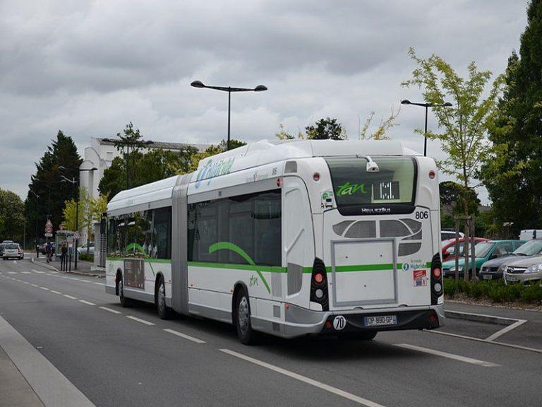 Nantes. Agression homophobe et raciste (anti-Blanc) dans un bus