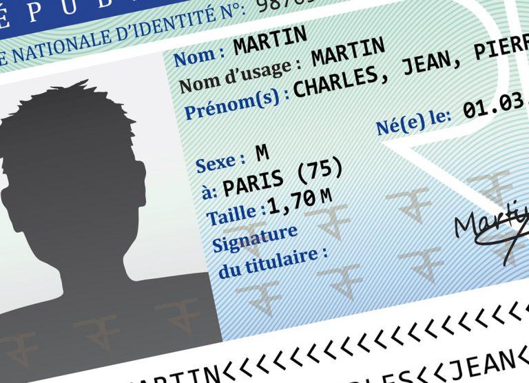 Ma carte d'identité à la poubelle ! Je ne veux plus être Français ! [L'Agora]