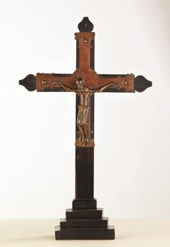 Nantes. Le musée Dobrée préempte un Christ du XIIe siècle