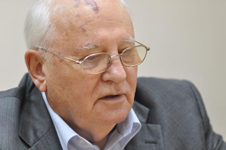 Russie. Mikhail Khazin: «Gorbatchev a fini en traître» [Vidéo]