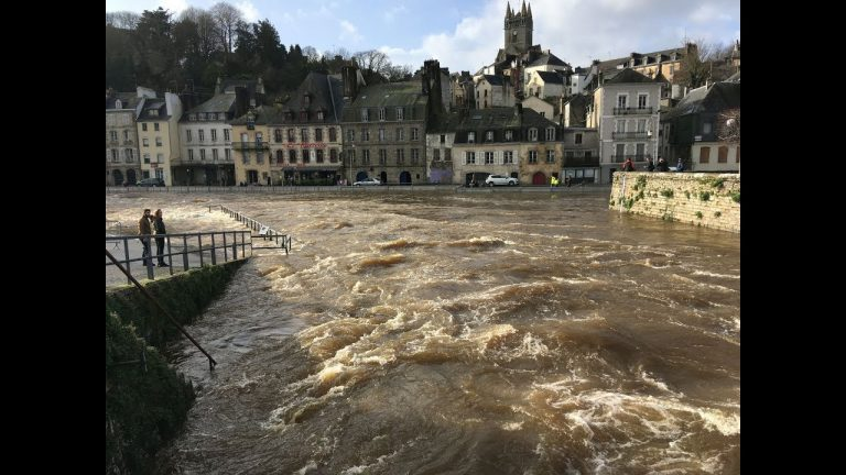 Inondations. La ville de Quimperlé épargnée grâce aux barrières anti-crues [Vidéo]