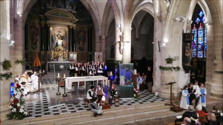 Pontivy. Revoir la messe de Noël en Breton [Vidéo]