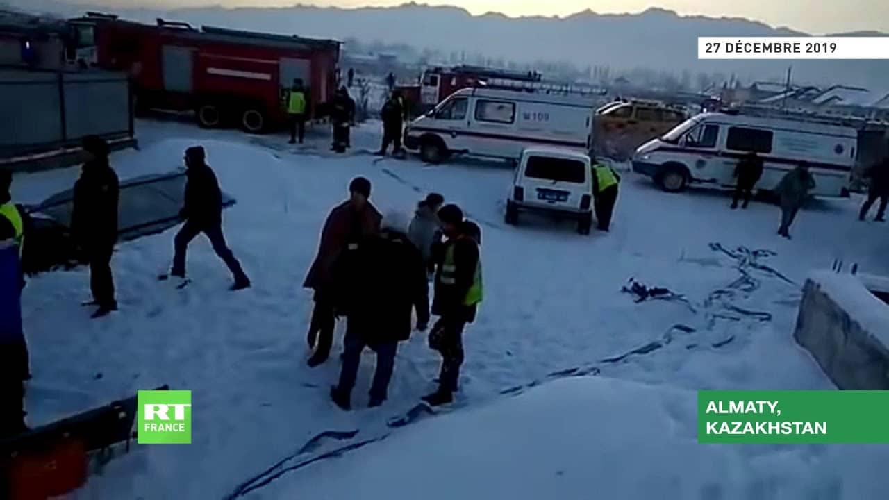 Au moins 15 morts dans le crash d'un avion de ligne au Kazakhstan [ Vidéo]