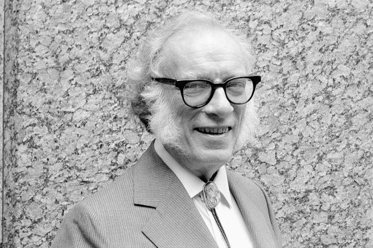 Il y a cent ans naissait Isaac Asimov, génie de la science-fiction