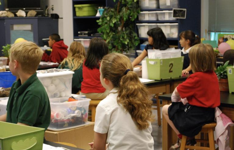 Le ministère de l'Éducation a recommandé aux enseignants de signaler les enfants tenant des propos « inacceptables »
