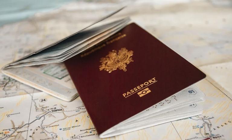 Passeport vaccinal. Une consultation en ligne lancée… pour préparer son instauration ?