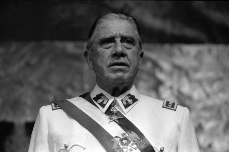 Michel Faure, auteur d'une biographie sur Augusto Pinochet : « Il faut dire, parce que c'est la vérité, que de nombreux Chiliens espéraient une action de l'armée » [Interview]