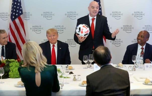 World Economic Forum : quand la FIFA encense Donald Trump