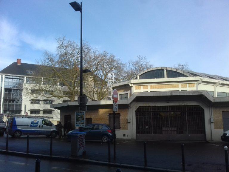 Nantes: des travaux sur la toiture du marché de Talensac
