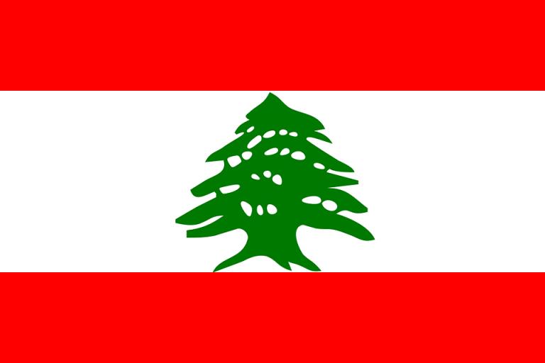Deux courtes interviews du président Macron contribuent à enflammer le Liban