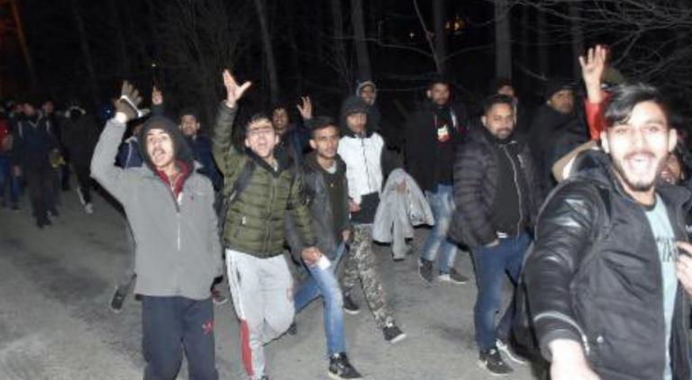 La Turquie aurait décidé de laisser passer les migrants syriens pour entrer en Europe