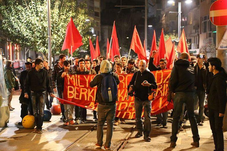 Grèce. À Athènes, un tunnel abritait des armes de guerre, des terroristes turcs d'extrême gauche arrêtés
