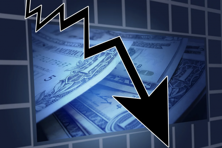 Crise économique. 8% de récession officiellement. Attachez votre ceinture !