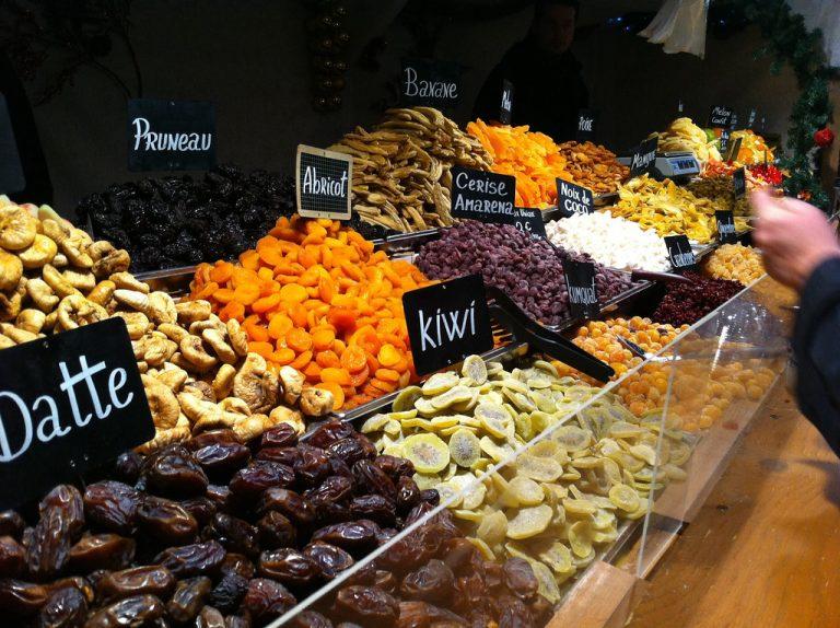 Loire-Atlantique: les marchés ferment, les producteurs tempêtent