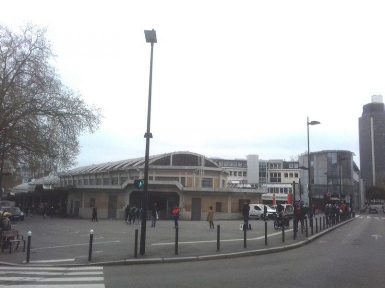 Nantes. le marché de Talensac est fermé mais des commerces restent ouverts (ou joignables?) dans le quartier