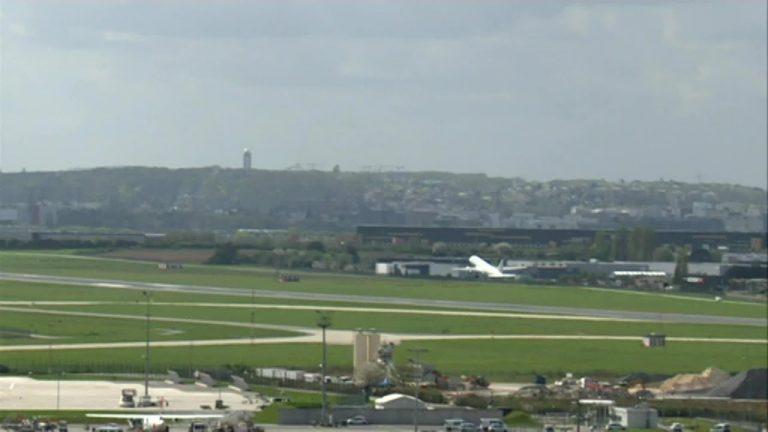 Coronavirus : Nantes, le calme pour les riverains de l'aéroport