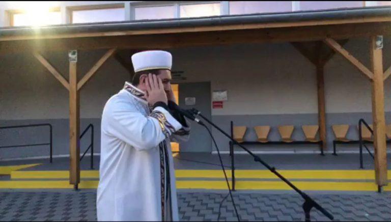 Appel à la prière musulmane. Les mosquées turques en France multiplient les appels amplifiés