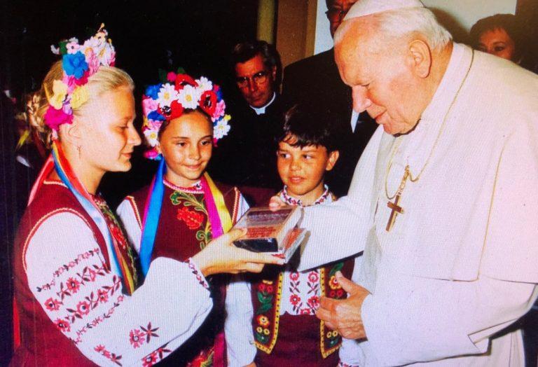 Un disque et une chanson en hommage à Jean-Paul II