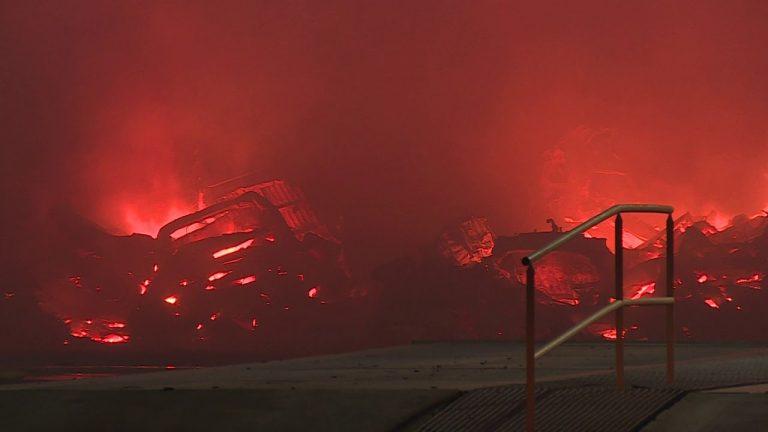 Montoir-de-Bretagne, près de Saint-Nazaire. Violent incendie à l'usine de recyclage GDE