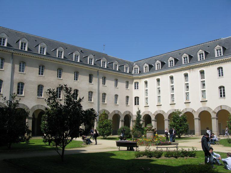 Une pétition contre la télésurveillance pendant les examens à l'université de Rennes1