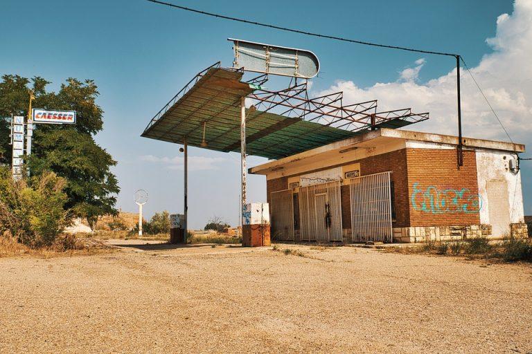 Essence. Les stations-service rurales au bord du gouffre