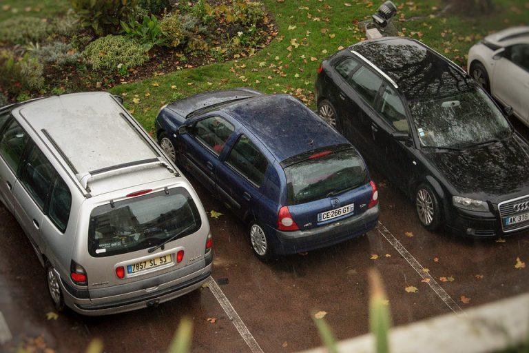 Automobile et Prime à la conversion. Les concessionnaires automobiles assaillis par des clients …qui ne peuvent pas la toucher !