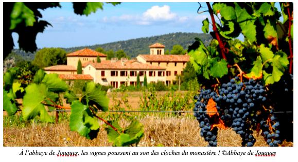 Aide à l'abbaye de Jouques. Objectif 2 500 tapenades et 3 500 bouteilles de vin