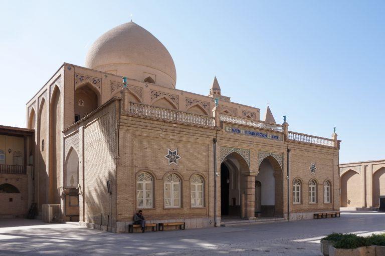 Persécution des musulmans devenus chrétiens en Iran : Le silence du CCIF et de la presse mainstream