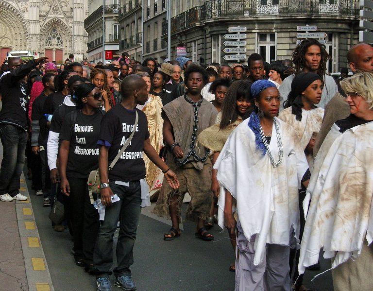 Le cas Obono: quand se déguiser en esclave était chic à Nantes