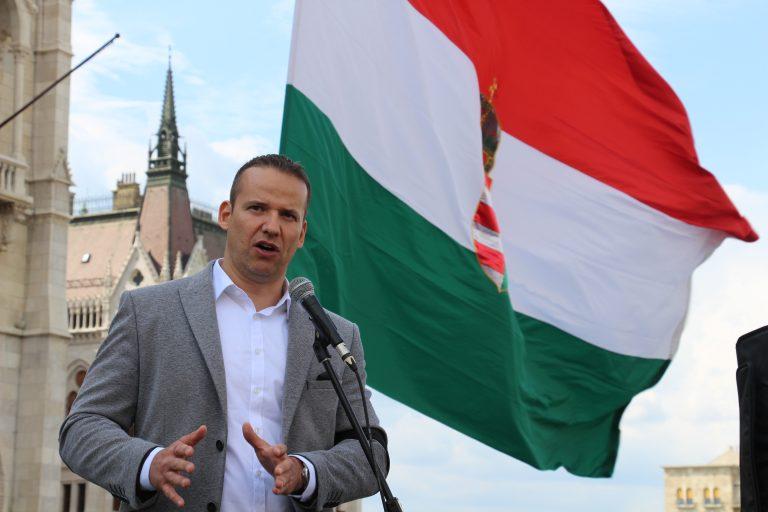 László Toroczkai, le Hongrois qui avait lancé l'idée d'une barrière anti-migrants [Interview]