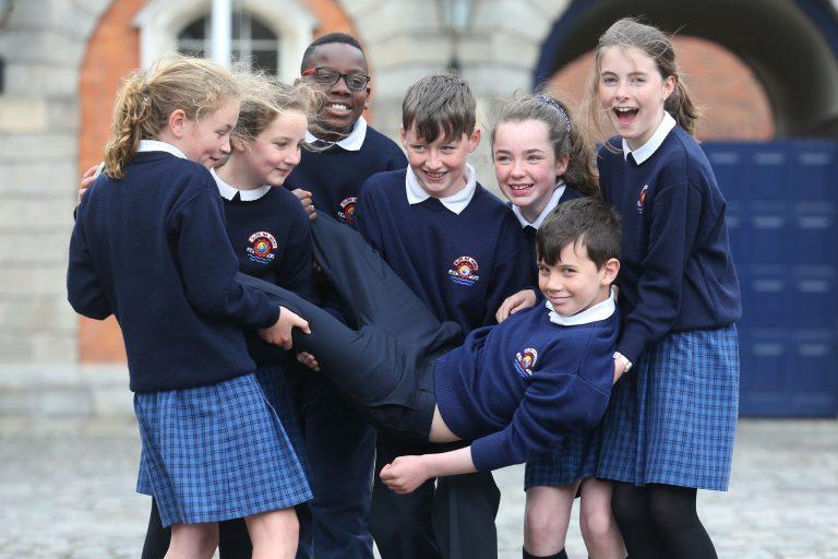 Irlande. Au nom du multiculturalisme, les symboles catholiques bientôt supprimés de certaines écoles, les messes rendues non obligatoires