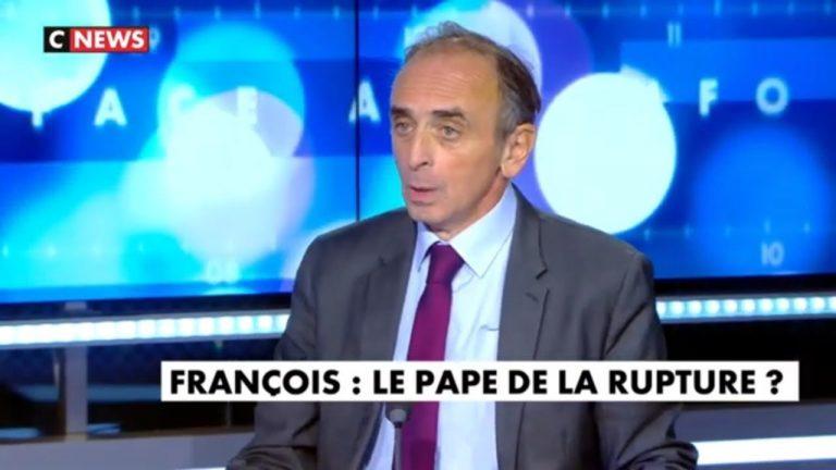 Éric Zemmour : « Le pape François est un ennemi de l'Europe ! »