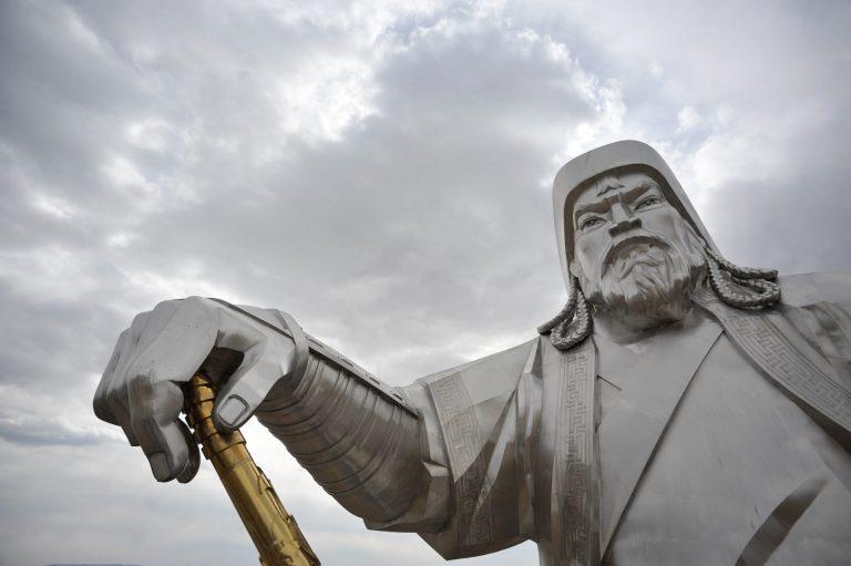 Un conflit larvé entre la Chine et la Mongolie entraîne le report… d'une exposition sur Gengis Khan à Nantes