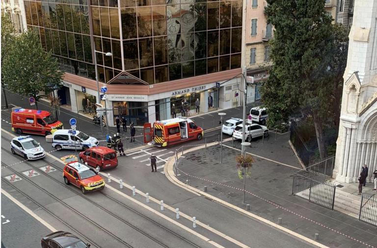 Attaque islamiste dans le secteur de Notre-Dame à Nice, trois morts et des blessés signalés. Le meurtrier serait un migrant tunisien