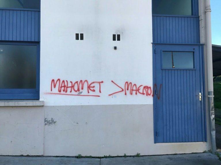 Tags islamistes : quand la guerre des mots se déplace sur les murs…