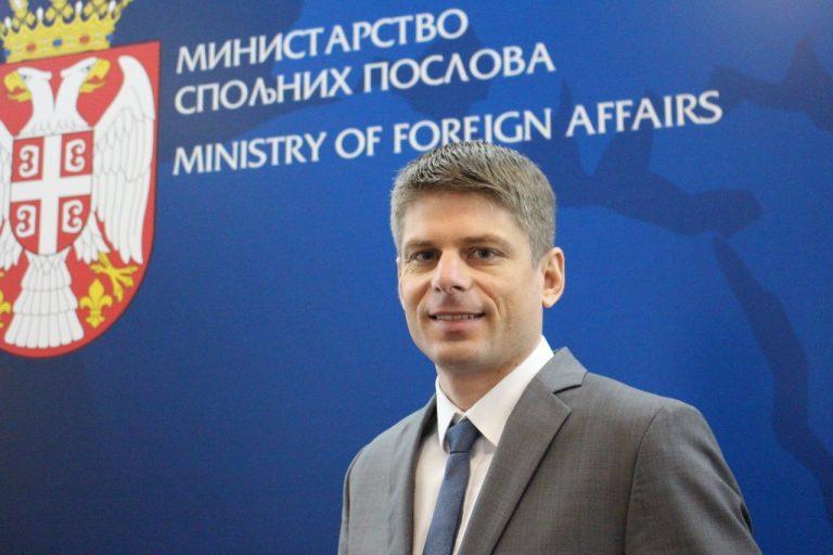 Serbie.  Arnaud Gouillon (Solidarité Kosovo) nommé secrétaire d'État en charge de la Diaspora