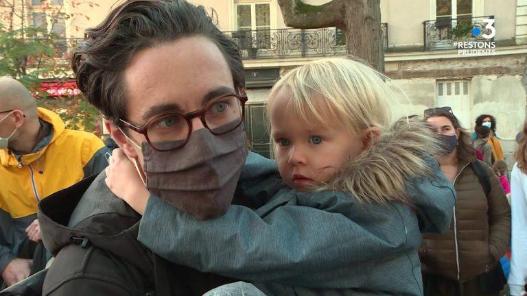 Nantes : manifestation pour le droit de faire l'école à la maison